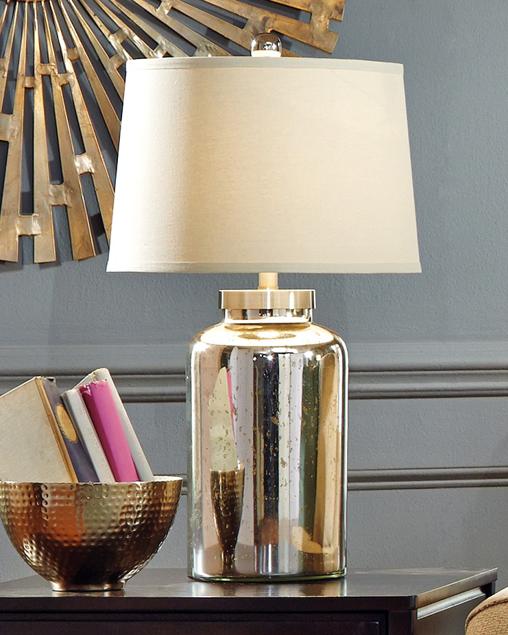 Shannin Lamp