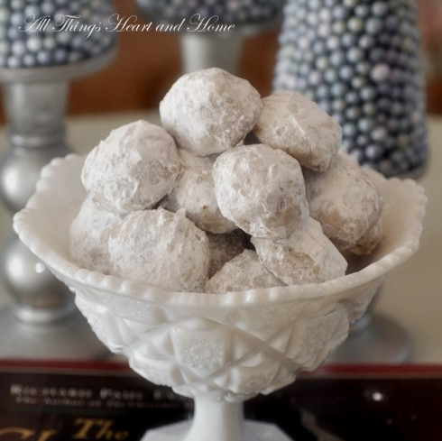 toffee-snowball-cookies