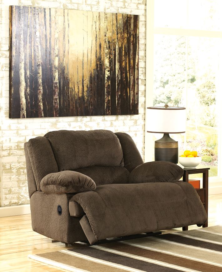 Ashley Home Furnishings: How To Bring Home The Right Size Recliner