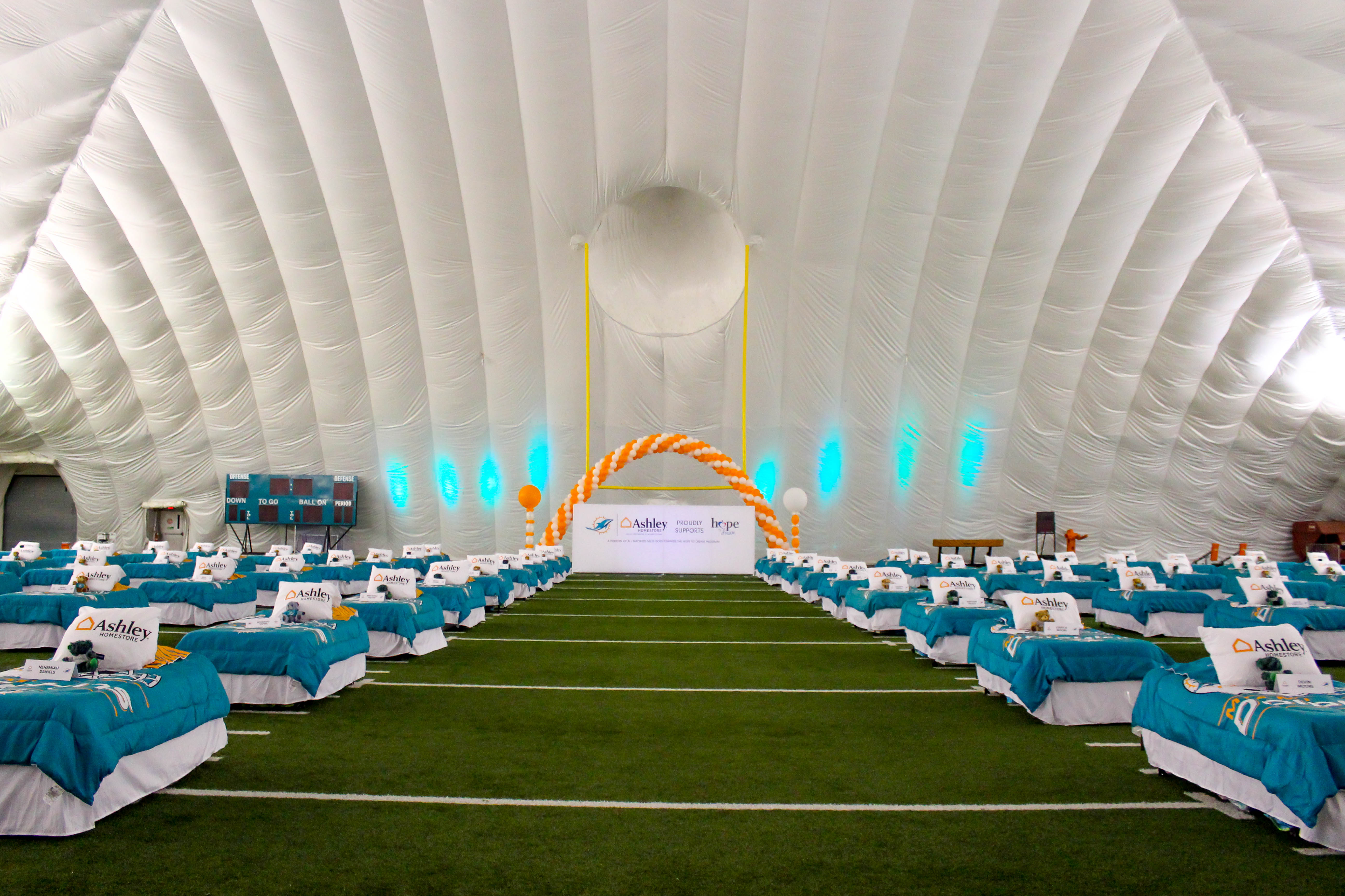 A Hope To Dream Slumber Party With The Miami Dolphins Ashley Homestore