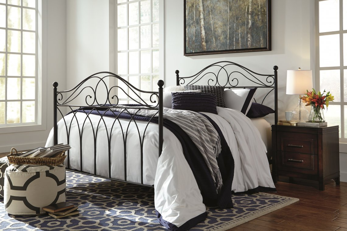 Nashburg metal bed frame with blue and white accents