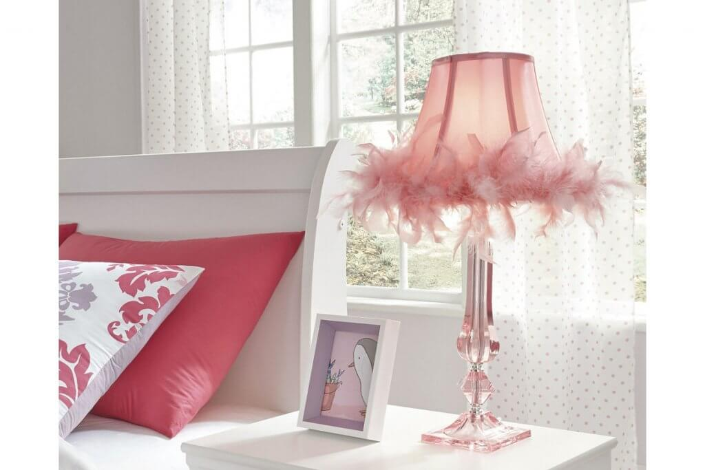 pink table lamp with feathers