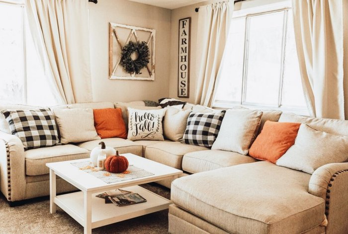 fall themed living room