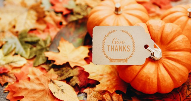 pumpkin with give thanks tag